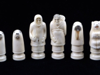 01 Inuit chess set 7x3,2@300